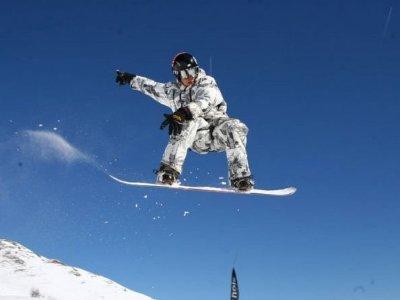 Scuola Ponte Tonale Snowboard