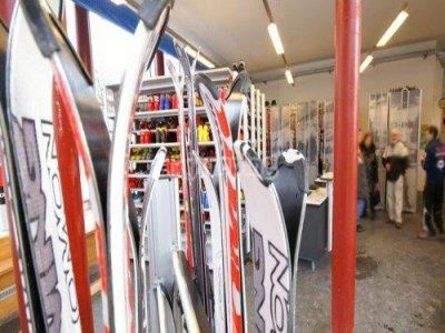Moda Sport Noleggio Sci
