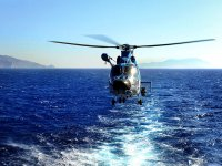 Flying sul mare