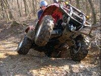 acrobazie nel fango