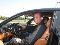 Guida una Ferrari con noi