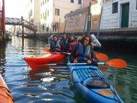 Escursione di gruppo sul kayak