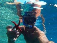 Snorkeling nelle acque della Sardegna