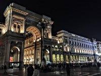 Milano di notte