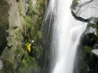 Discese di canyoning