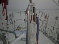 Alba in barca a vela