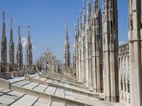 tour a piedi per la città di milano