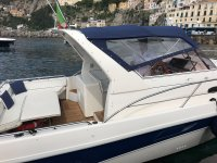 The boat to vicino