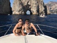 Prendere il sole in barca