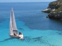 La Fuga Sail charter