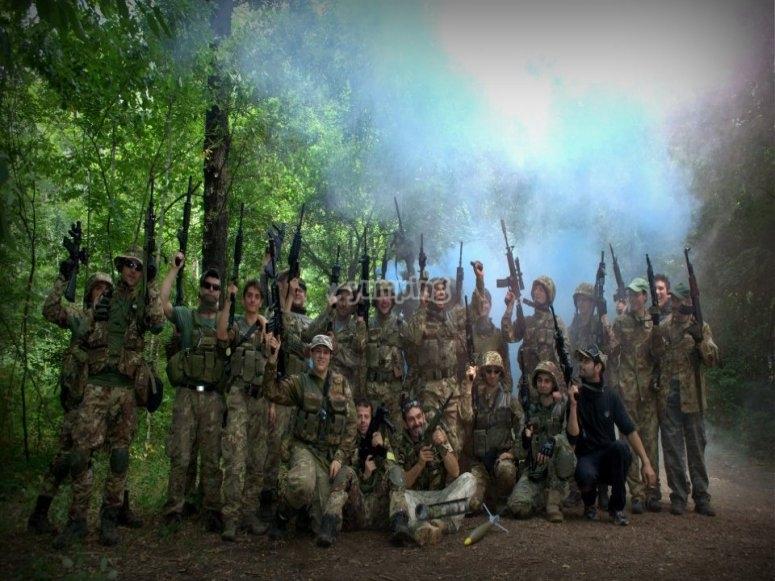 Commando 906