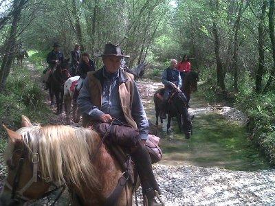 Passeggiata a cavallo di 2h, Oasi del Tevere/Farfa