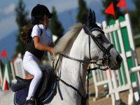 Scuola equitazione per bambini in piemonte