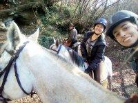 Passeggiata a cavallo nella natura