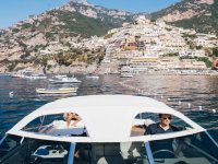 Noleggio esclusio motoscafi per escursioni to Positano