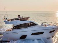 Noleggio yacht and motoscafi per Capri ed Ischia