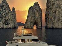 Noleggio di barche esclusive per Capri e la Costiera Amalfitana