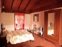 Accoglienti stanze per soggiorno in Liguria