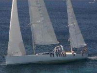 Navigando in barca a vela