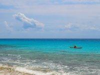 Scoprire la costa in canoa