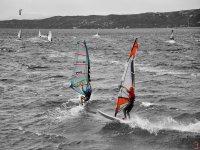 Windsurf con gli amici
