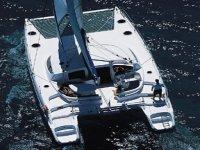 Navigando in catamarano