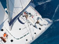 Prendendo il sole in barca