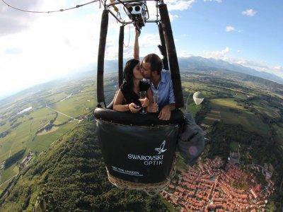Volo mongolfiera esclusivo coppia in Valle d'Aosta
