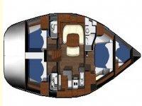 Interno di una barca in noleggio