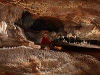 Escursioni tra le grotte