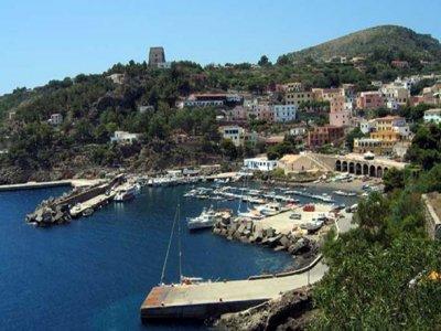 Trinacria Sailing Escursione in Barca