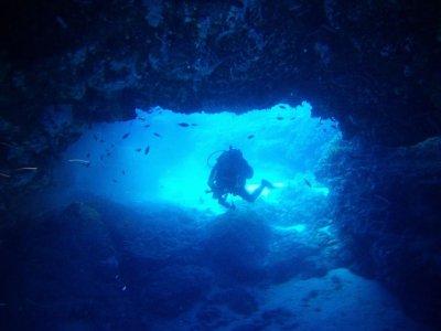 Scuola sub Roberto De Cave