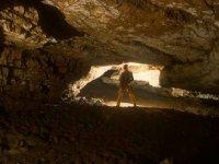 Grotte artificiali e naturali