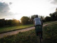 Tra le campagne al tramonto