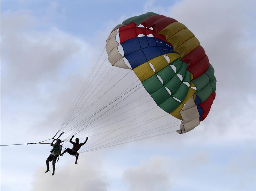 Tutti possono fare parasailing!