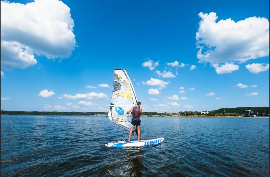 Fare windsurf fa bene al corpo!