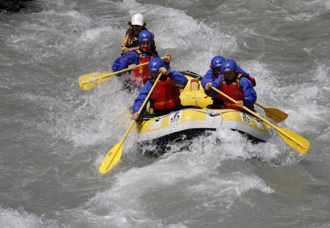 Rafting river day durance