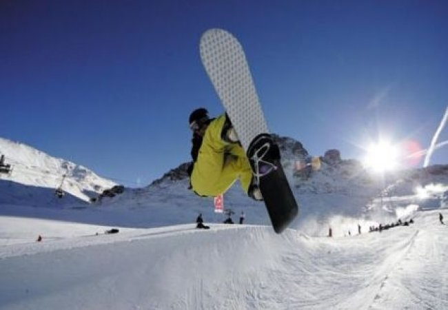 Salti con lo Snowboard