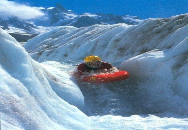 Discesa su aque ghiacciate