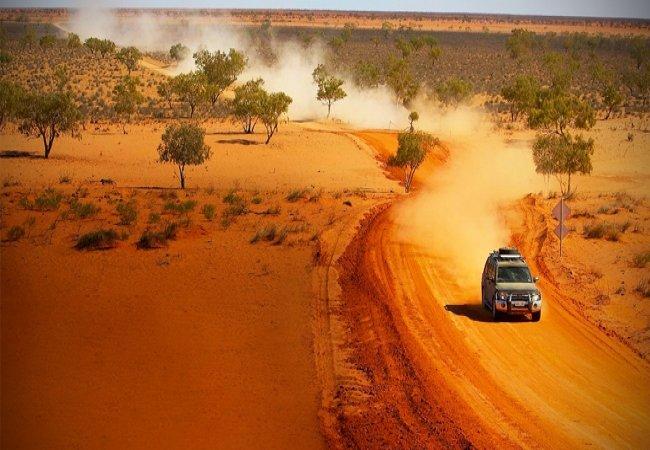 Deserto in 4x4 fuoristrada