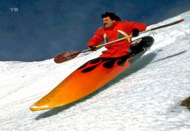 In kayak sulla neve
